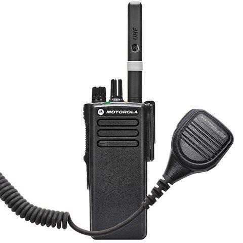 Motorola DP4400 + SVB42235 Komradiopakke